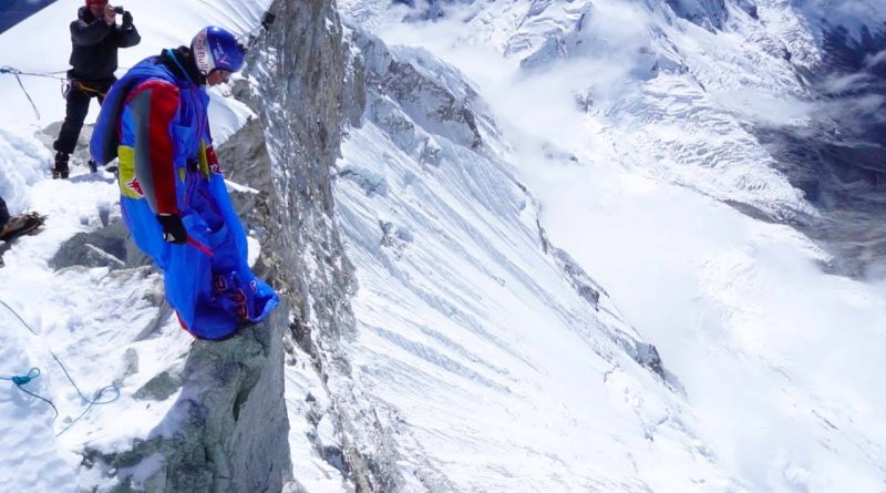 Highest-BASE-Jump-in-South-America-Valery-Rozov-leaps-from-Huascarán-in-Peru