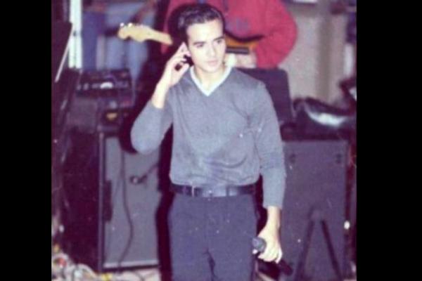 Luis Fonsi irreconocible en fotos antes de ser famoso ¿Será el mismo? 5