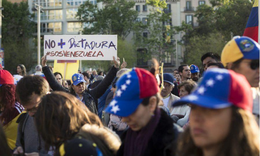 Panamá exige visa a los venezolanos