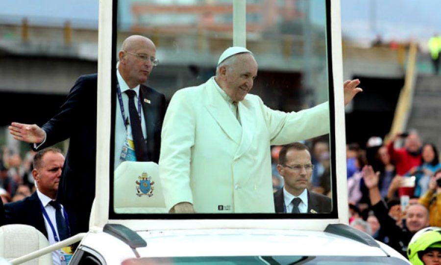 """""""El ángel de la guarda"""" de los Papas ¡Parece de película!"""