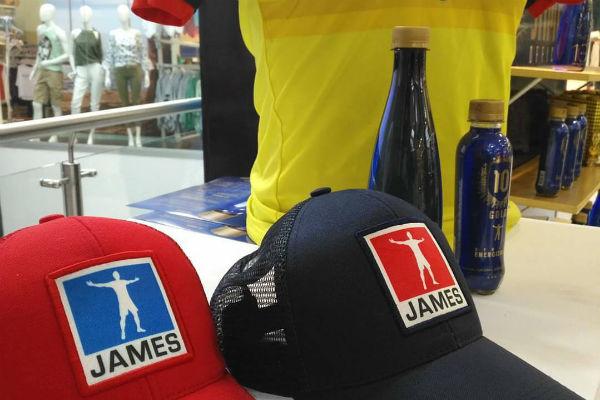 GORRAS-JAMES