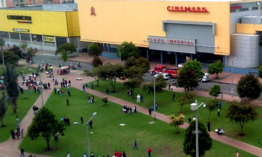 Hombre con falso explosivo causó pánico en centro comercial en Bogotá