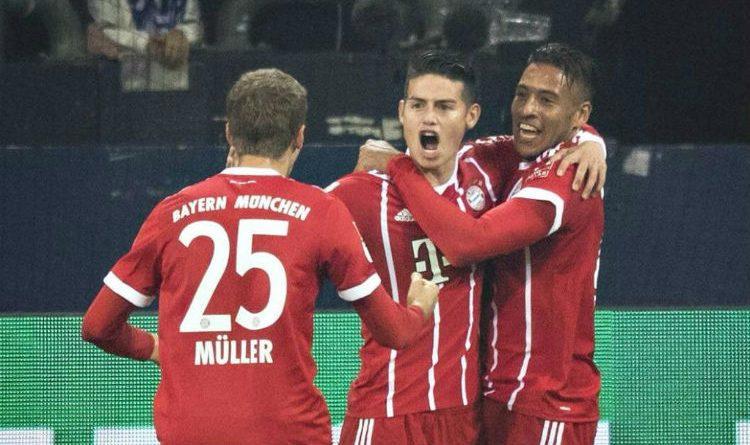 James, celebra su primer gol con el Bayern