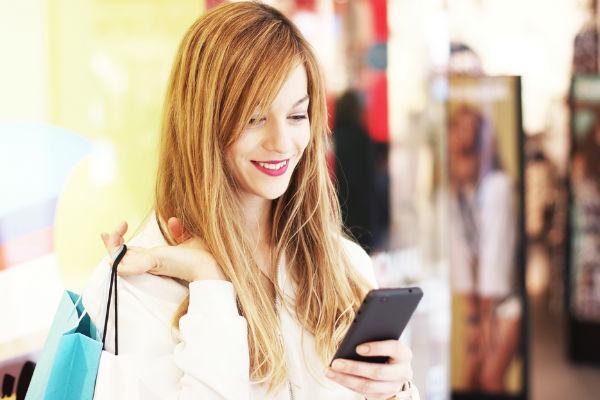 mujer-compra