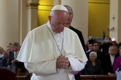 El papa Francisco ora por los damnificados del terremoto en México