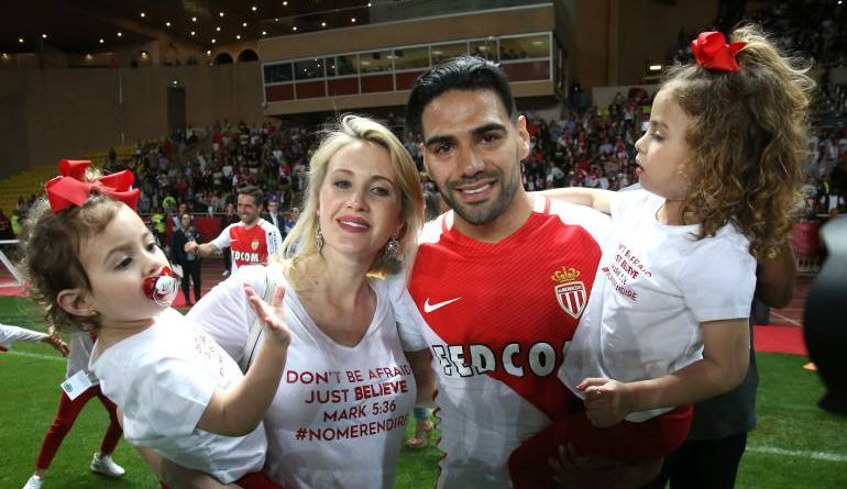 Falcao y Dominique