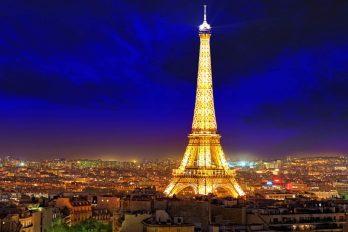 Tomar fotos de la Torre Eiffel por la noche es ilegal, ¡te contamos la razón!