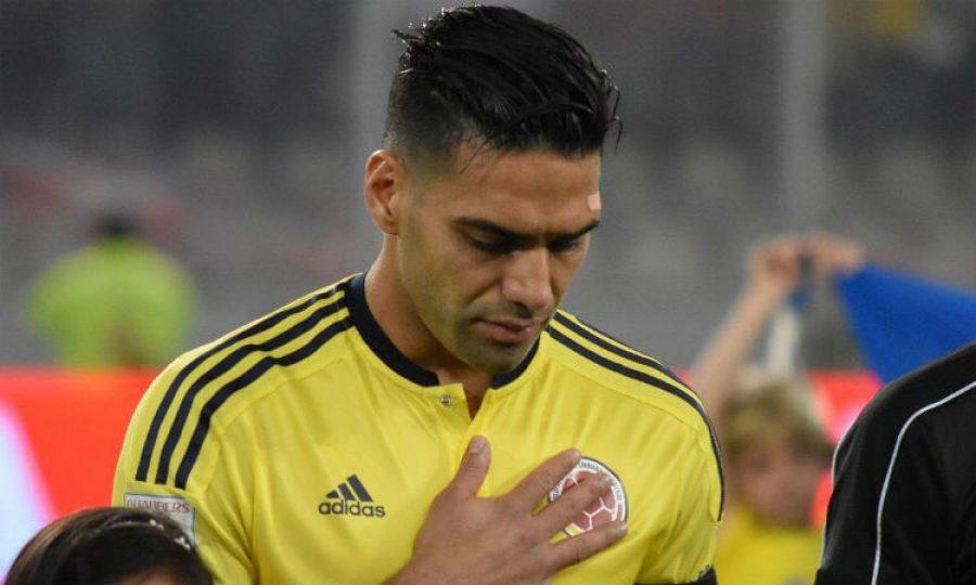 Falcao confiesa que conversó con los jugadores de Perú antes de terminar el partido