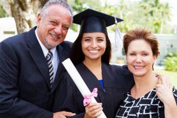 7 formas de financiar los estudios universitarios de tus hijos