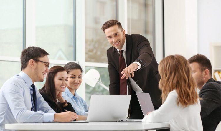 ¿Cómo hacer que tu empresa gane dinero?
