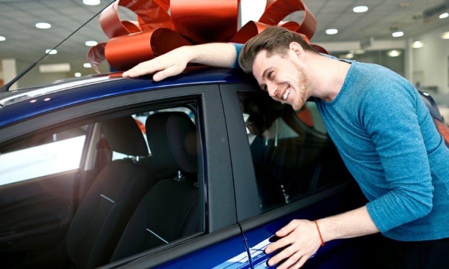 Tu carro también merece un regalo de Navidad y así podrás dárselo