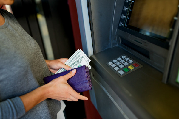 Ingresa dinero a tu cuenta y billetera