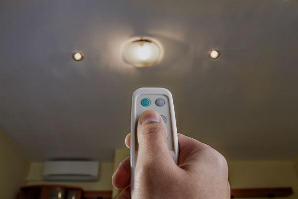 Control automático de todos los aparatos electrónicos