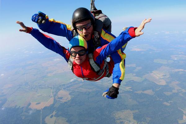 Paracaidismo, la técnica de la caída libre