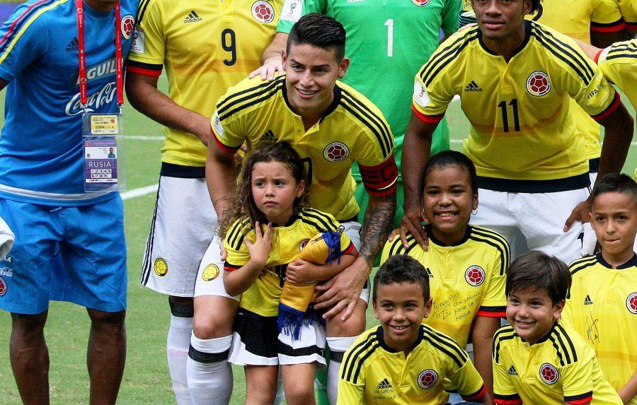 Salomé, le sigue los pasos a James Rodríguez, ¡fútbol y más fútbol!