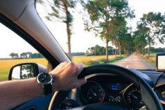 ¿Eres conductor principiante? En esto deberías invertir antes de comprar un carro