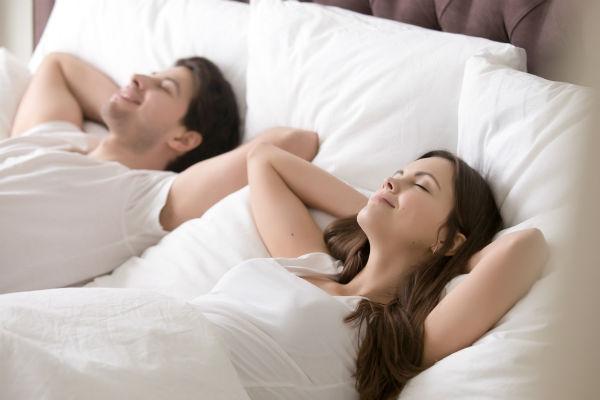 Una cama que esté en armonía con la ocasión
