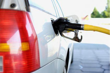 ¡Ojo conductores! la gasolina sube de precio y alcanza récord histórico. Conoce dónde venden la más costosa