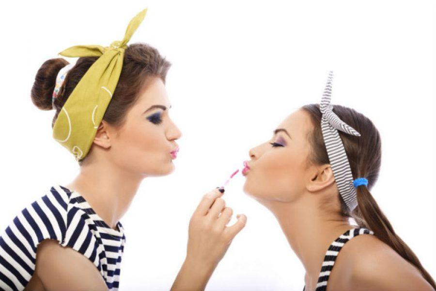 Con estos consejos podrás elegir el color de lipstick perfecto para ti ¡Luce radiante!