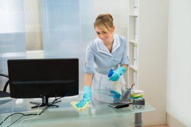 Descubre con este quiz cómo tener un empleado de limpieza sin preocuparte por prestaciones sociales