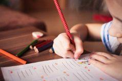 ¡Que fluyan tus talentos ✍🏼! Así podrás escribir los versos más hermosos en el mes de Amor y Amistad 💞💞