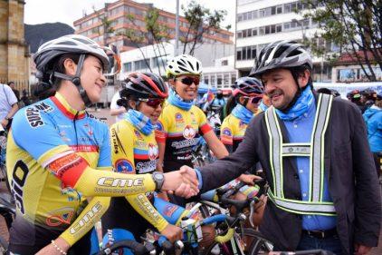 ¡Aplausos para #EnBiciALaU! Una alternativa de las universidades en Bogotá para la movilidad y el medio ambiente