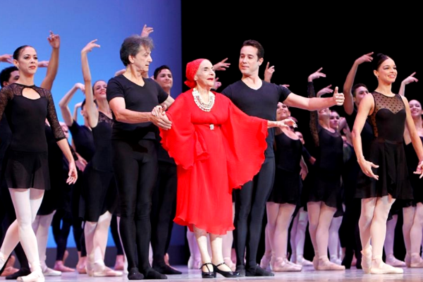 ¿Qué es la Academia Grand Ballet?