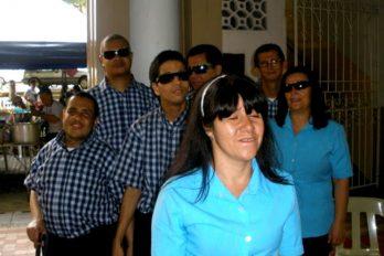 Atril, los músicos invidentes que ponen a bailar a Colombia