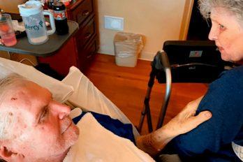 Pareja de ancianos muere tomada de las manos, luego de 65 años de matrimonio, ¡una historia para llorar!