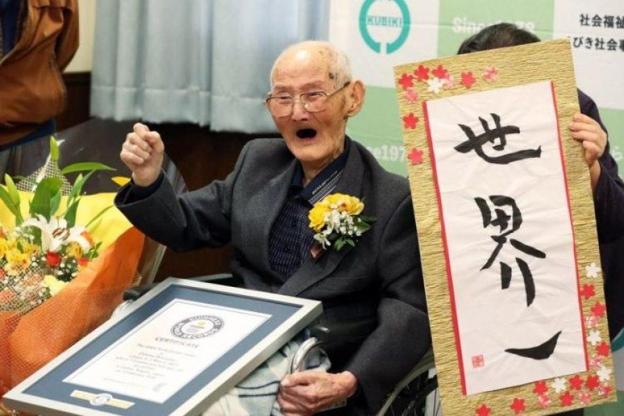 Muere el hombre más viejo del mundo a sus 112 años, dejó su secreto de vida
