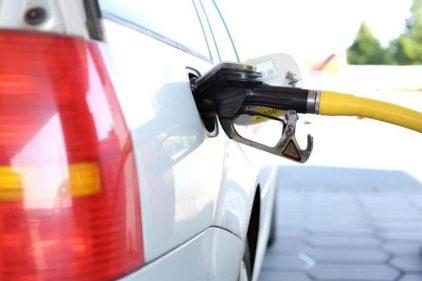 Estaciones se demoran en bajar el precio de gasolina en Colombia, ante la orden del gobierno