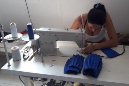 Fabricación de tapabocas en la cárcel, una iniciativa promovida en Colombia