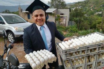 Pagó su carrera como abogado repartiendo huevos ¡Guerrero imparable!