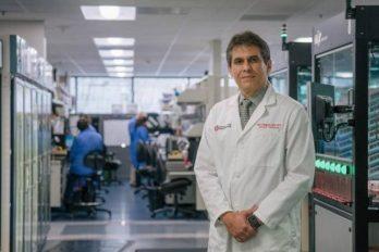 Médico colombiano inicia pruebas para frenar contagio del COVID-19