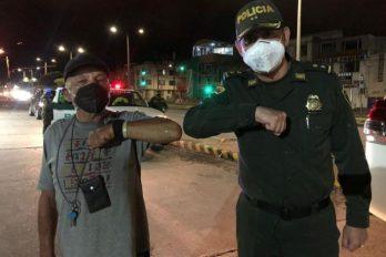 Anciano agredido por Policía pide que no sancionen ni dejen sin trabajos a los agentes