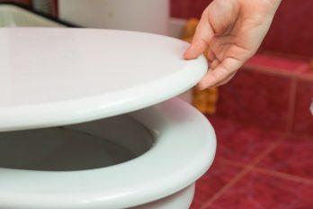 Según estudio el COVID-19 podría contagiarse en el inodoro, así puedes prevenirlo