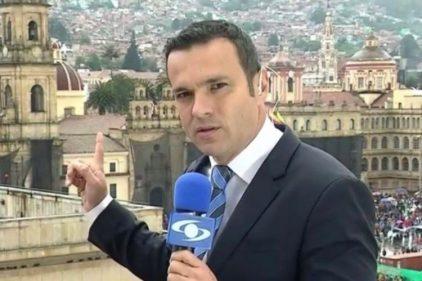 Juan Diego Alvira logra que se cancele millonaria compra de un político colombiano