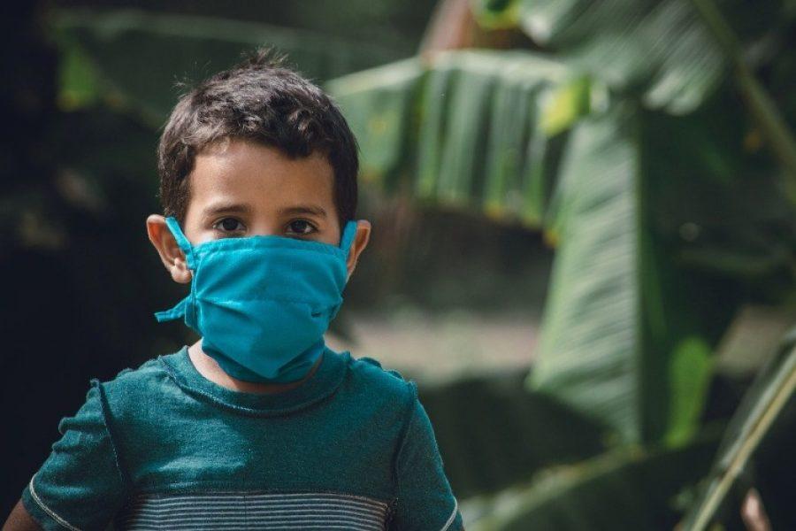 Así debe ser el tapabocas de los niños para evitar el contagio del COVID-19
