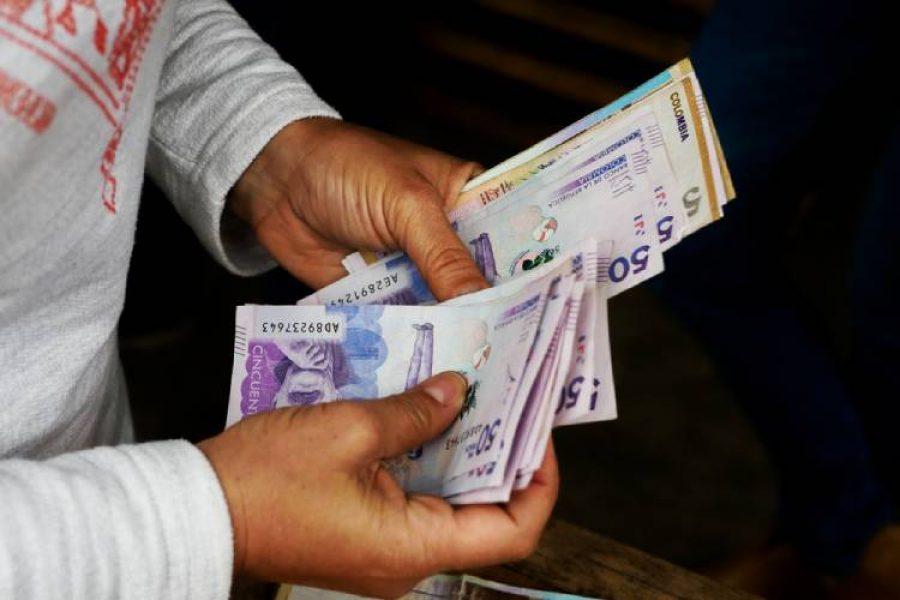 Aumento del salario mínimo en Colombia no sería más de $22.000 para el 2021