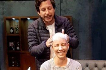 Alejandro Riaño ayuda a superar sus miedos a una mujer con cáncer