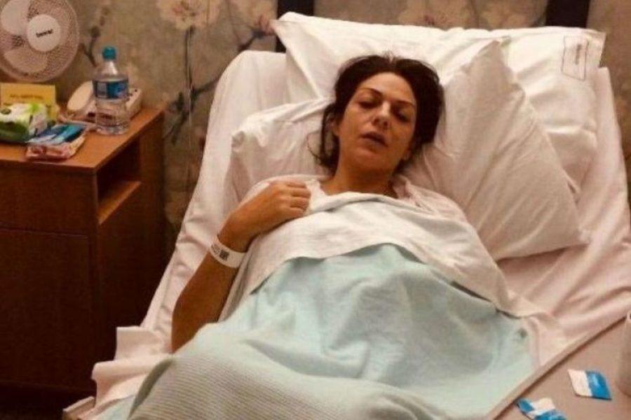 Mujer fingió cáncer para recaudar millonaria cifra que gastó en viajes y apuestas
