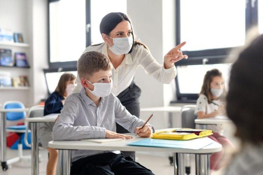 Nueva cepa del coronavirus podría afectar más a los niños