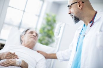 El caso del hombre que se curó de cáncer gracias al contraer el COVID-19
