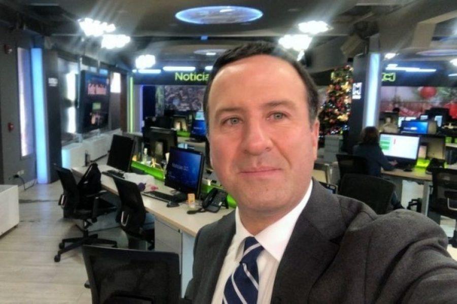 Trasladan al periodista Felipe Arias a urgencias por problemas de salud