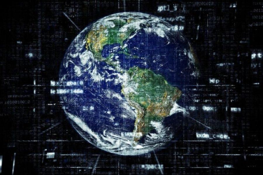 La Tierra estrena su propia cuenta de Twitter y le envía mensajes a los líderes