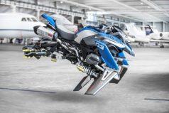 BMW Motorrad y LEGO diseñan una moto 'voladora'