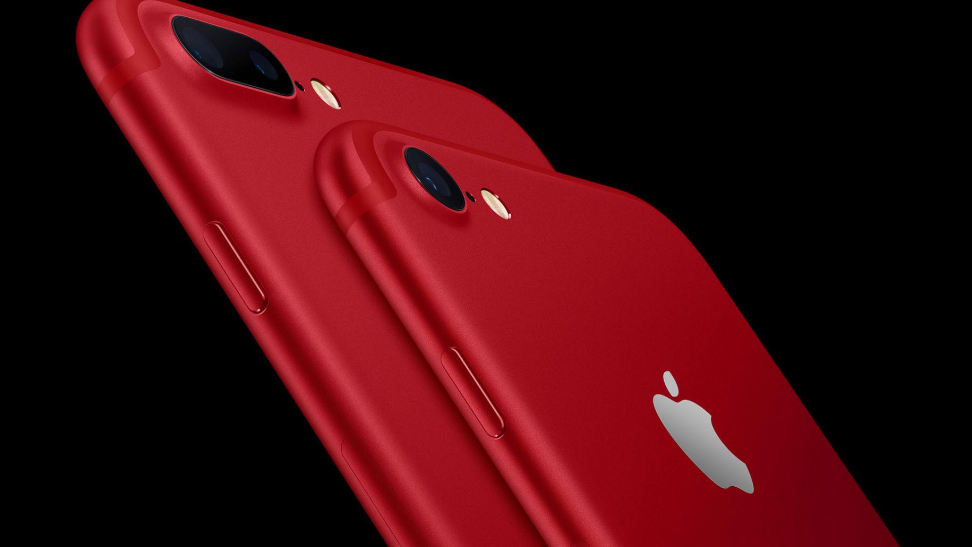 ApplelanzauniPhone7yuniPadencolorrojoapoyandolaluchacontraelsida-Univision