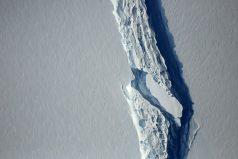 ¿Qué origino el desprendimiento del icebergs más grande de la historia?