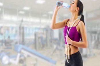 Cinco errores que te engordan después de entrenar