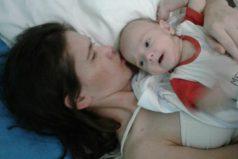 Argentina se conmueve con el milagro de Amelia, que dio a luz en coma y ha despertado tres meses después